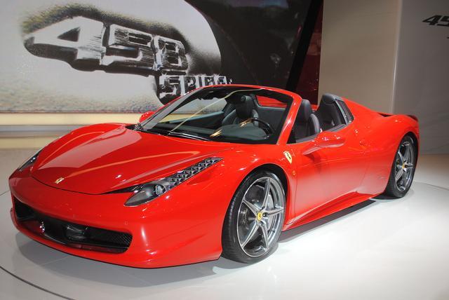 画像2: フェラーリといえばV12。エンジン組み立て動画をどうぞ。