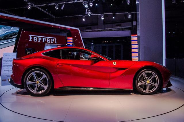 画像1: フェラーリといえばV12。エンジン組み立て動画をどうぞ。
