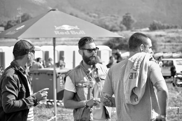 画像2: スペインのカスタムビルダー Vintage Addiction Crew