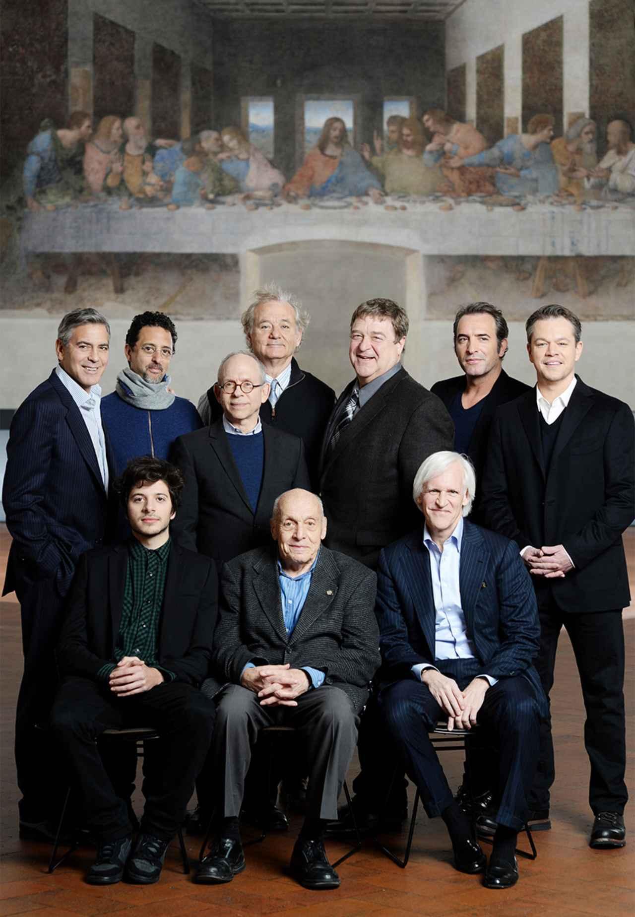 画像: (前列中央の老人が)現在唯一の健在者 エリー・ストリンガー氏。そして(その左隣が)彼の役を演じたディミトリー・レオニダス miche-project.com