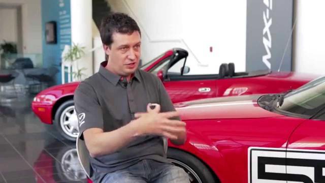 画像: 2016 Mazda MX-5 Miata Behind the Scene Balance Video www.youtube.com