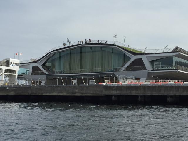 画像: 大桟橋をこっちから見れるのが船だけ!(←ちょっと優越感)