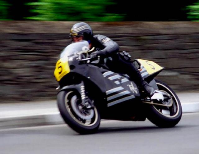 画像: Retro TT On Bike ACTION! Trevor Nation - JPS rotary Norton youtu.be