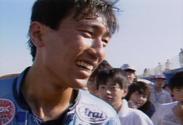 画像: 当時の藤原選手は、二輪界の「中井貴一」と呼ばれ女性にも人気が高かったのでした。