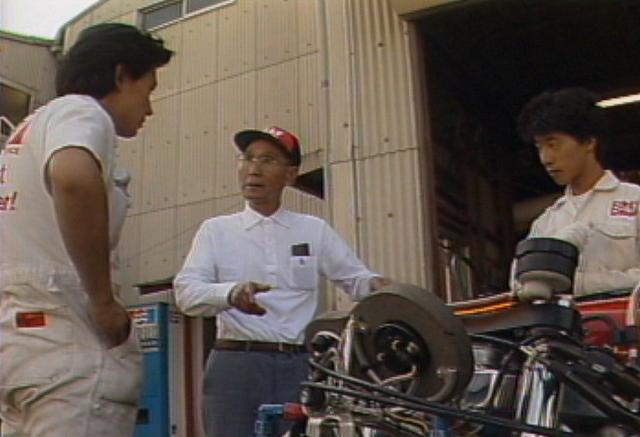 画像: 日本が世界に誇るエンジンチューナーの第一人者、POPこと吉村秀雄さん。貴重なインタビューも収録。