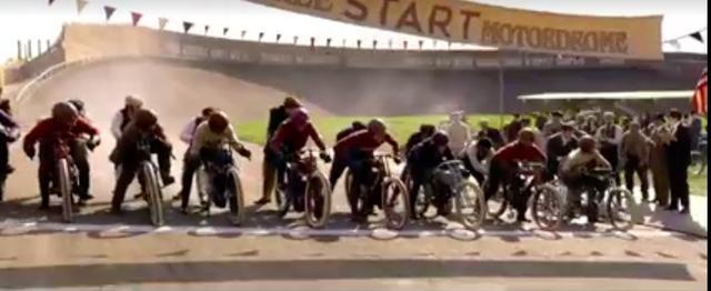 画像: ホワイトタイヤの戦前型アメリカン・レーシングマシンがずらり! www.facebook.com