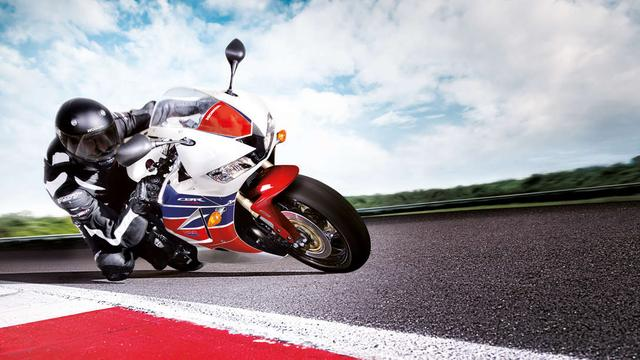 画像: [コラム] え、ホンダCBR600RRが廃盤? 600ccスーパースポーツの将来はどうなる? [後編] - LAWRENCE - Motorcycle x Cars + α = Your Life.