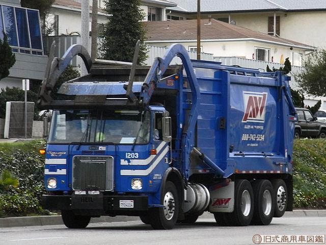 画像: 【働く車クイズ】豪快でカッコイイ!このトラック、いったい何用!?