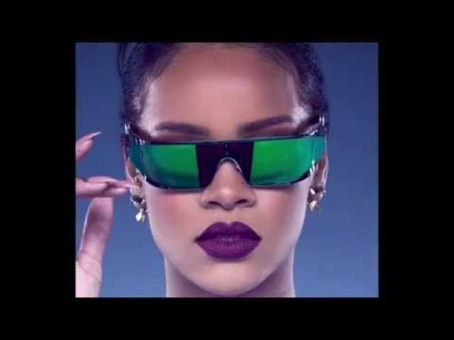 画像: Rihanna Sunglasses - Fittings www.youtube.com