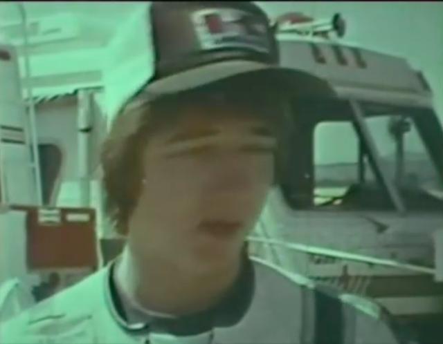 画像: 18歳のフレディ。あの時君は若かった・・・? www.youtube.com