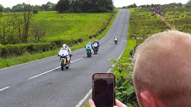 画像: Ulster Grand Prix 2016 Deers Leap youtu.be
