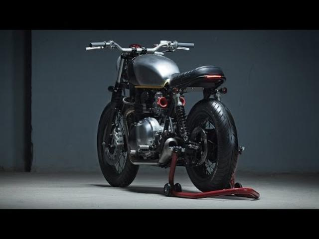 画像: Custom Triumph Bonneville T100 by Kiddo Motors www.youtube.com