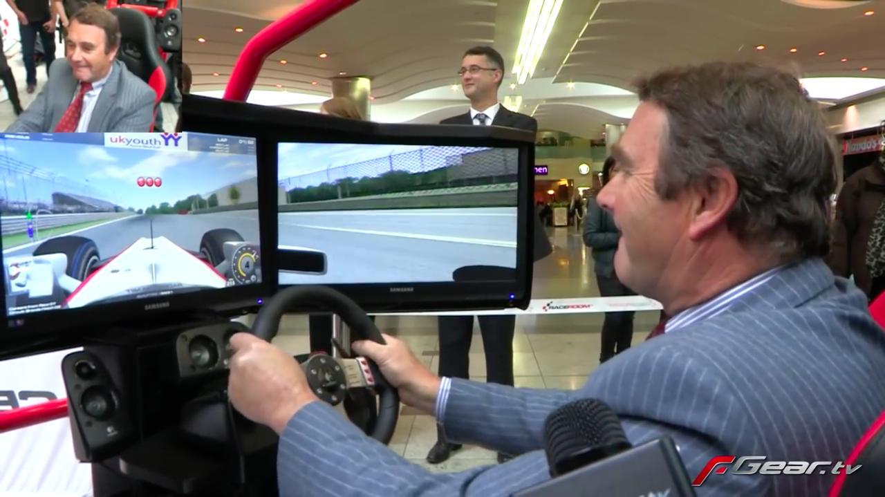画像: そして決勝へ・・・。果たしてマンセルは、F1に続きビデオゲーム界での2冠を達成できるのか・・・? www.youtube.com