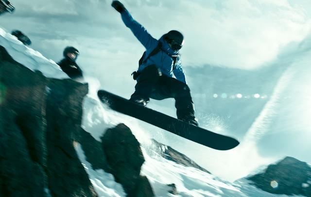画像1: 【1/100の映画評】過激なアクションに挑むアスリートたちにひたすら魅せられる『X-ミッション』
