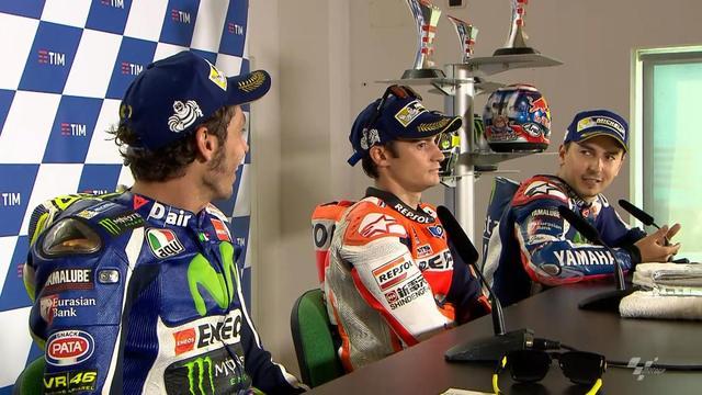 画像: Rossi & Lorenzo opposing views on early overtake