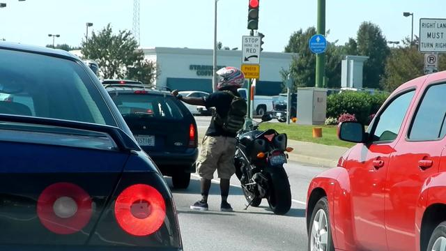 "画像: Motorcycle Biker Dancing ""Lean with it, Rock with it"" youtu.be"