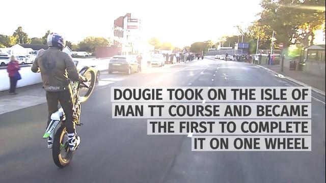 画像: Watch Dougie Lampkin Wheelie Around Isle Of Man TT Course youtu.be