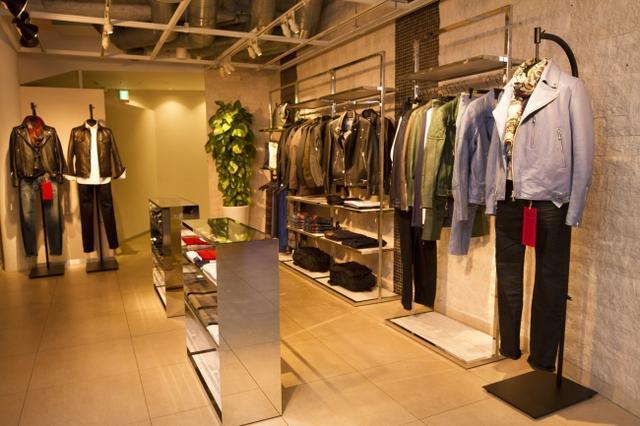 画像: さまざまなブランドとコラボレーションしたファッションアイテム prtimes.jp