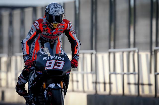 画像: 今年は「我慢のレース」も覚えた? M.マルケス(ホンダ)。連覇にむけて、どのような戦い方を来シーズンはするのか・・・? www.motogp.com