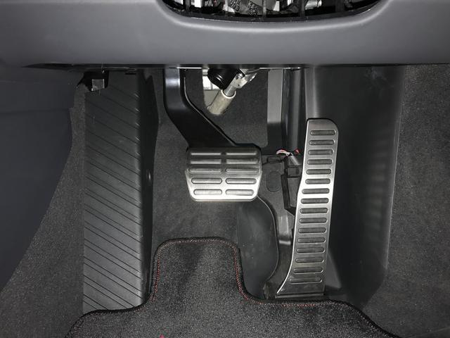 画像3: 「KINGSGRAIVE FINAL FANTASY」登場の特別なR8『The Audi R8 Star of Lucis』の実車を確認!