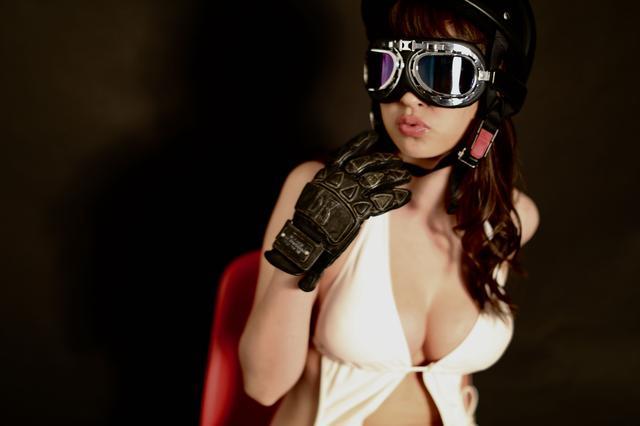 画像1: グラビア【ヘルメット女子】FROZEN vol.04