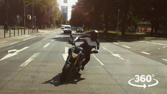 画像: EYE RIDE – A VR Testride with the new BMW G 310 R www.youtube.com