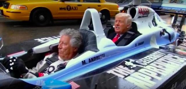 画像: この2座のインディーカーは、トランプ専用のタクシー・・・ということですね。なおイエローキャブではないので、ニューヨーク市タクシー&リムジン委員会には加盟していないのでしょう(笑)。 www.youtube.com