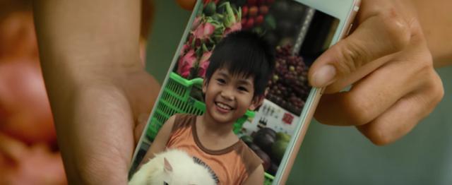 画像: ジョンがいなくなったの、お願い探して! www.youtube.com