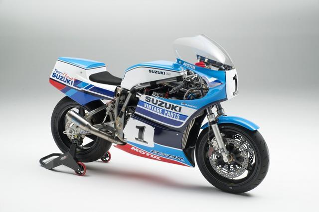 画像: チーム・クラシック・スズキが製作したスズキXR69(GS1000R)。エンジンは4バルブのGSX-R系のものを換装しています。これを「純然たるヒストリックな存在と呼んで良いのか?」という議論が、英国のファンを中心に巻き起こったのも仕方ないことかもしれません・・・。 www.teamclassicsuzuki.media