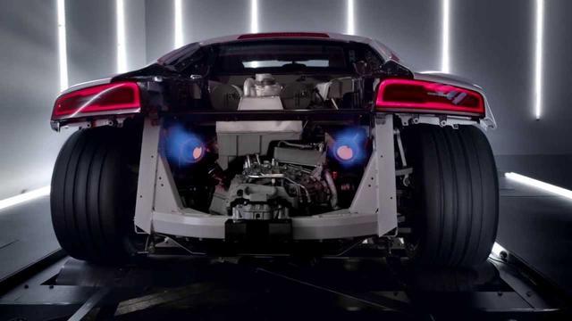 画像: The new Audi R8 V10: TV CM (アウディ R8) www.youtube.com