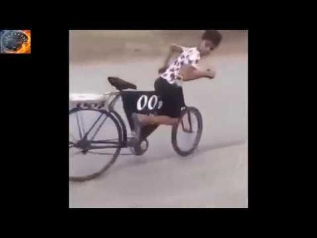 画像: アラブは自転車のドリフトも格が違ったwwww youtu.be