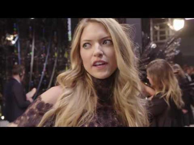 画像: Victoria's Secret Fashion Show 2016 In Paris City Part 4 www.youtube.com