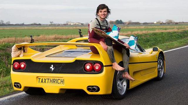 画像: 【フェラーリでサーフィン!?】F50で 「フェラーリ サーフィン」 をやっている男がやばすぎる件!wwww youtu.be
