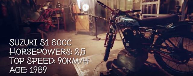 画像2: 【動画】『モンキーに乗るモンキーvs謎のヒーロータイガーマン』雪山レースで火花を散らします!!
