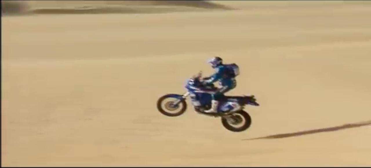 画像: 動画では、ステファン・ペテランセルら、ヤマハのラリー・レジェンドとファクトリーバイクも多く登場します! www.youtube.com