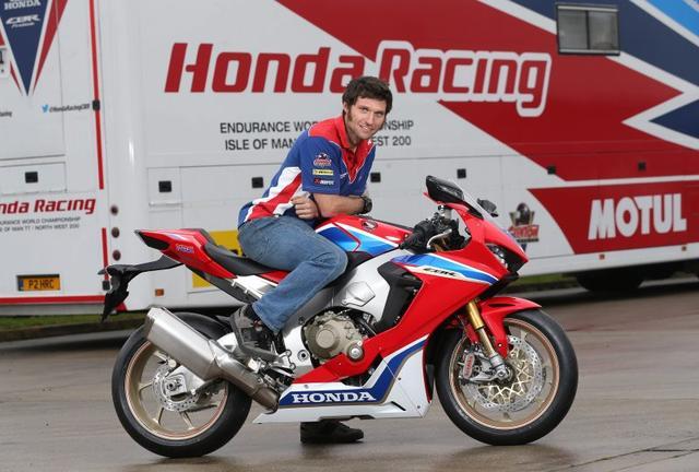 画像: 世界的に大人気のライダーであるG.マーティンの加入は、ホンダ・レーシングのスポンサー集めには大きく寄与することになると思いますが・・・。 roadracingnews.co.uk