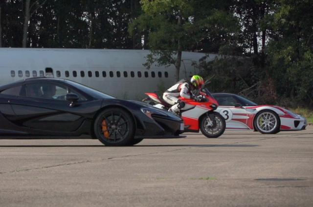 画像: McLaren P1 vs. Porsche 918 Spyder vs. Ducati 1199 Superleggera - drag race youtu.be
