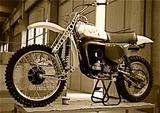 """画像: こちらはイタリア製ビラ250に装着された""""リビ・クアドリラテラリ・フォーク""""です。ホンダ・ワークスのRC125M""""ダブル・プロリンク・サスペンション""""に非常に似ていることがよくわかりますね。 motocrossactionmag.com"""