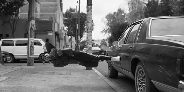 画像: ワイヤレス。ストレスレス。重力レス。【Apple AirPods】気持ちがわかるムービー - LAWRENCE - Motorcycle x Cars + α = Your Life.