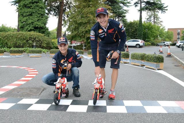 画像: Repsol Honda MotoGP riders at Honda HQ youtu.be