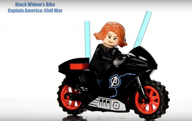画像4: 【動画】おもちゃ屋さんのショーケースに入ってたら確実にマジマジ見ちゃう!2大アメコミのDCコミックスとマーベル・コミックキャラクターたちのモーターバイクコレクションが可愛いすぎる♥︎