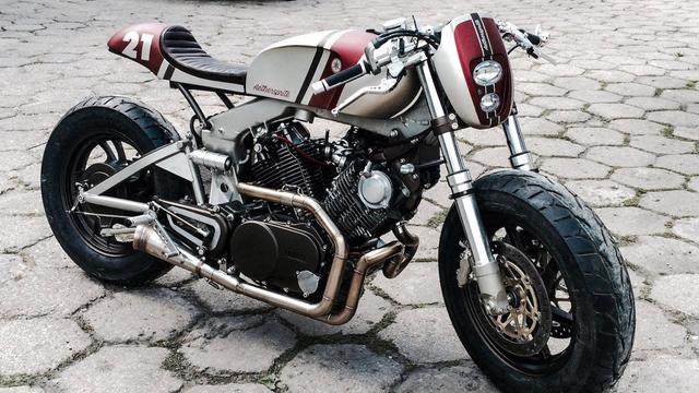 画像: Yamaha Virago XV750 by Cardsharper Customs www.youtube.com