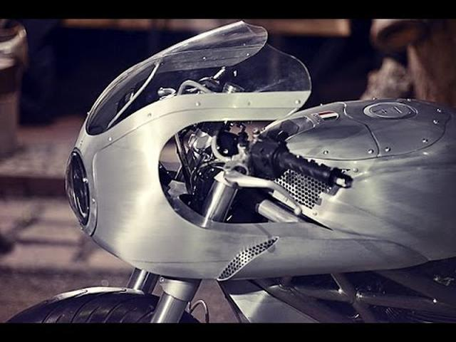 画像: Ducati 795 Custom Racer by White Collar Bikes www.youtube.com