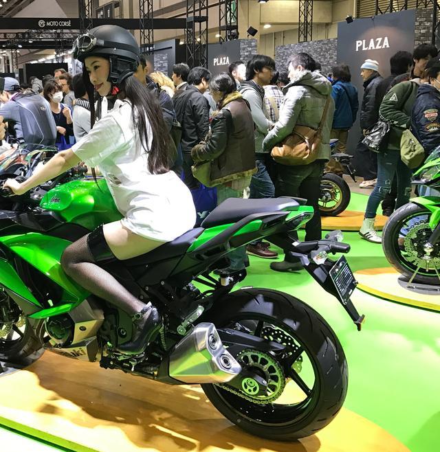 画像5: 【フォトギャラリーorグラビア?】 ヘルメット女子がまたがったマシンたち@2017 第44回東京モーターサイクルショー