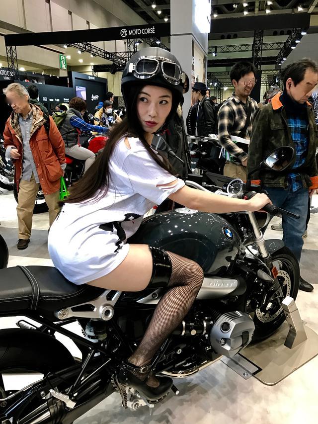 画像4: 【フォトギャラリーorグラビア?】 ヘルメット女子がまたがったマシンたち@2017 第44回東京モーターサイクルショー