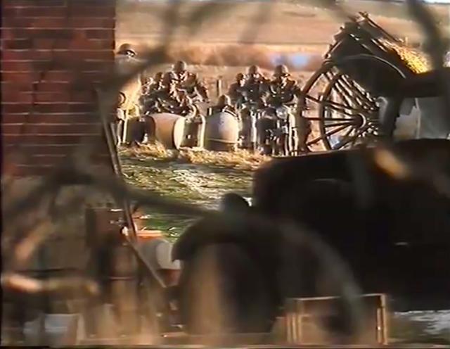 画像: ドイツ兵が超迫ります! これぞ絶体絶命!!!!!! www.youtube.com