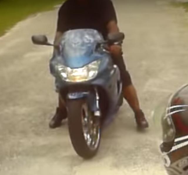 画像2: 【動画】「ポケバイ」vs「ホンダCBR929RR」で直線スピード対決!どっちが速いと思う?