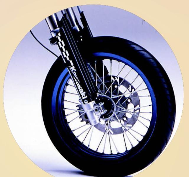 画像1: 【青いあいつ】なんのバイクか、わかるかな?