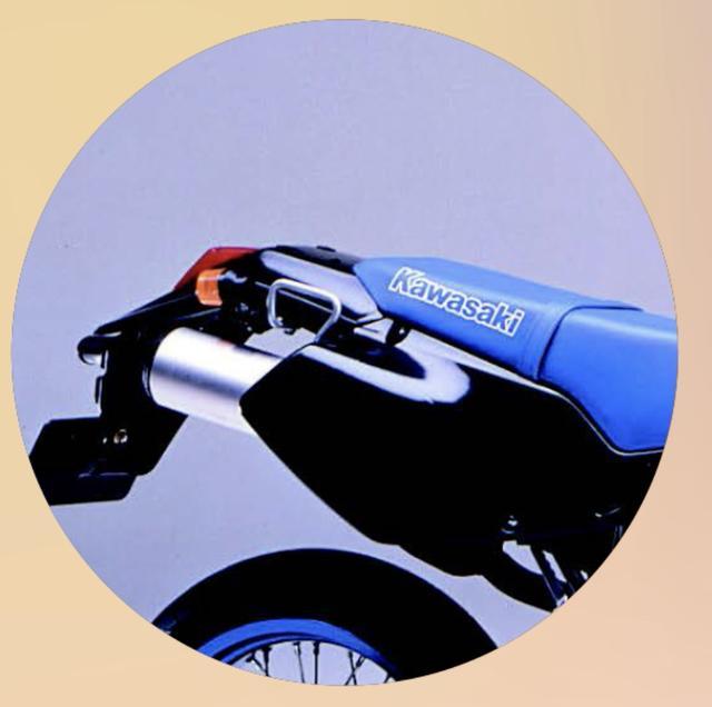画像4: 【青いあいつ】なんのバイクか、わかるかな?