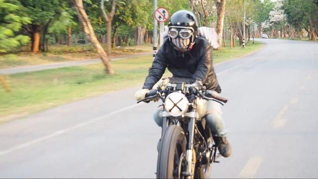画像: Cafe'racer Mono Shock Stallions Centaur www.youtube.com